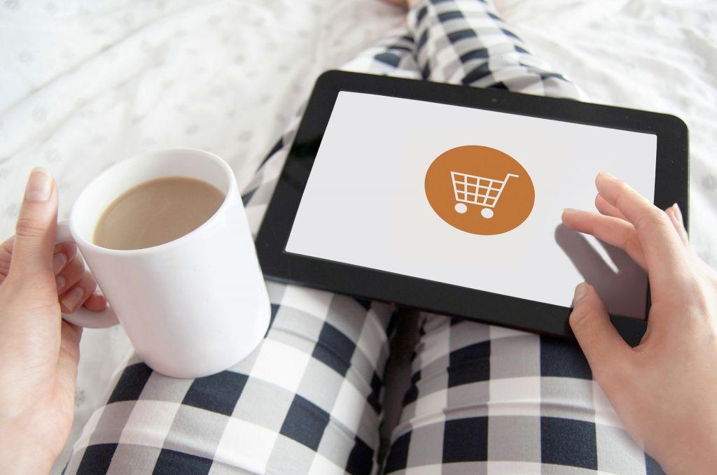 e-commerce - Image by justynafaliszek from Pixabay